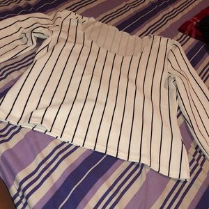 Tops - Cute striped long sleeve blouse